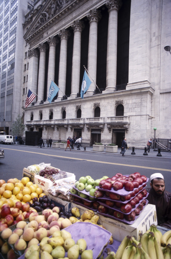 "New York City, 1992 : I was photographing the NYSE. I heard some one ask me ""Aap Hindustani hain?"" - I looked at the voice and it was the fruit seller asking me. He was from Pakistan and we have a nice little conversation"
